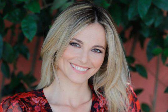 """Francesca Fialdini stronca Barbara D'Urso con molta eleganza: """"Femminilità diversa dalla mia"""""""