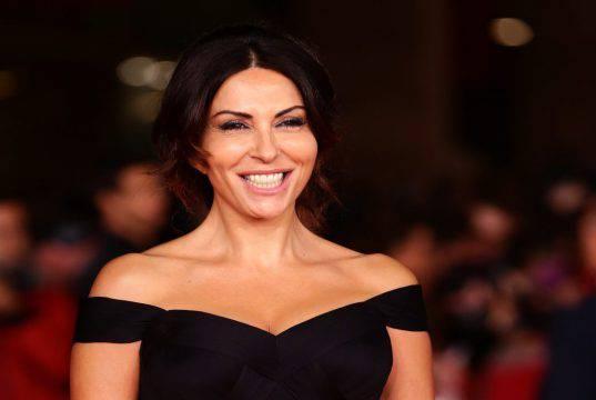 """Sabrina Ferilli contro Maria De Filippi in diretta : """"Non dovevi farlo"""""""