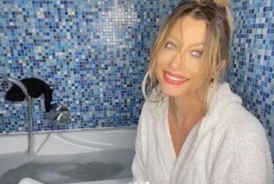 Maddalena Corvaglia, il video nella vasca non va come sperat