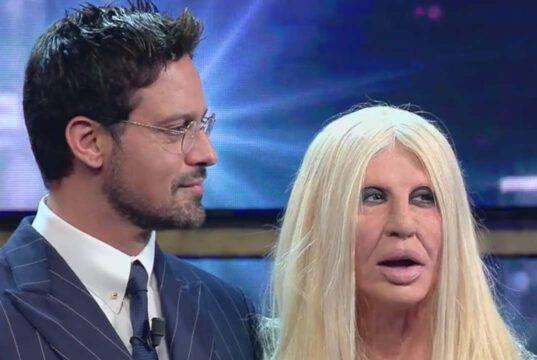 Donatella Versace, imitazione di Virginia Raffaele: il video