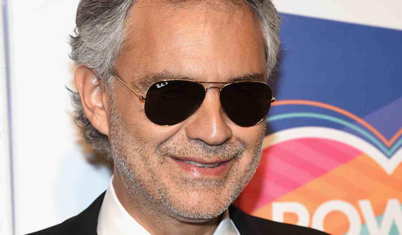 Andrea Bocelli polemico sul Coronavirus: