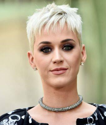 Katy Perry ha pensato al suicidio: colpa di Orlando Bloom?