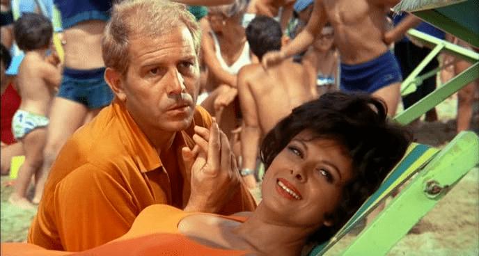 L'ombrellone: l'ipocrisia degli italiani in vacanza secondo Dino Risi