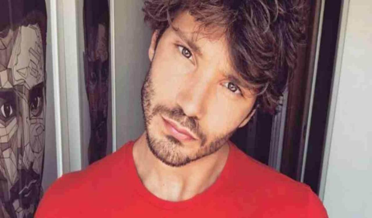 Stefano De Martino single