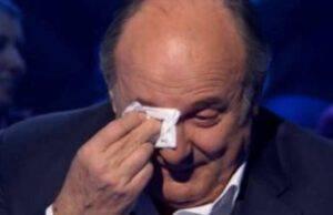 gerry scotti piange