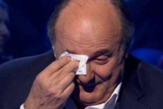 Gerry Scotti in lacrime: accade tutto davanti alle telecamere