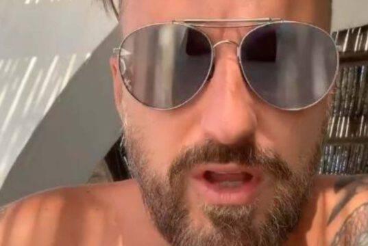 """Francesco Facchinetti imbufalito su Instagram: """"Fai schifo!"""""""