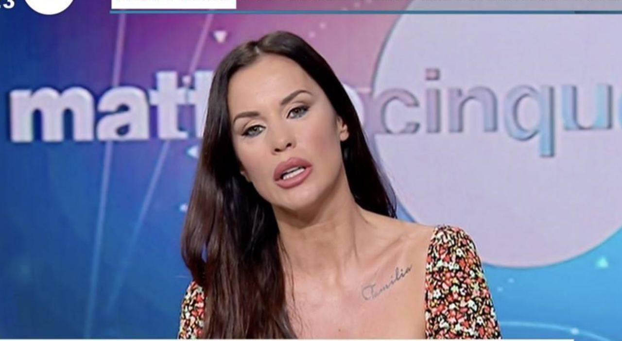 Antonella Mosetti Pomeriggio Cinque