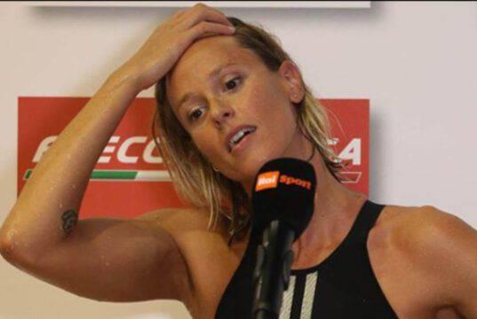 Federica Pellegrini, travolta dagli insulti: si incendia la polemica