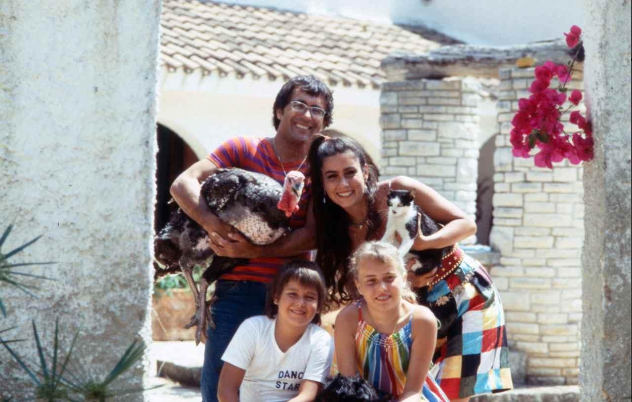 Ylenia Carrisi e i suoi genitori