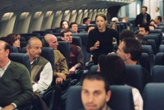 Tragico incidente nel film per l'attrice hollywoodiana: sua figlia scompare in aereo