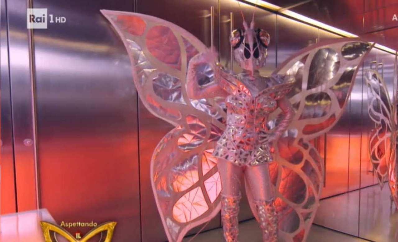 farfalla chi è il cantante mascherato