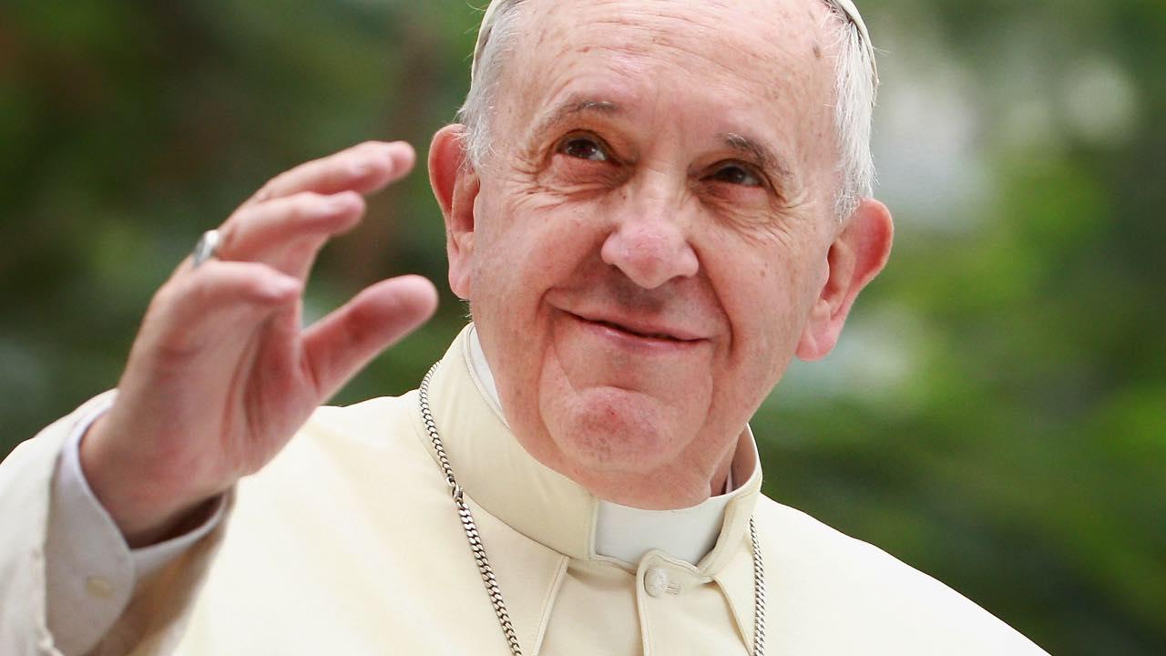 """Papa Francesco ha avuto una fidanzata? """"andavo regolarmente a ballare"""""""