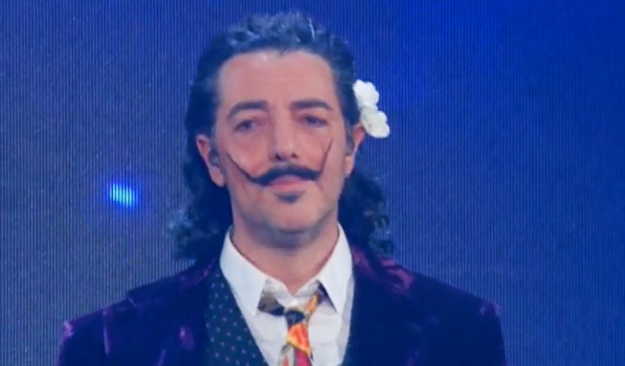 """Sanremo 2021, Max Gazzè """"Il farmacista"""": significato canzone"""