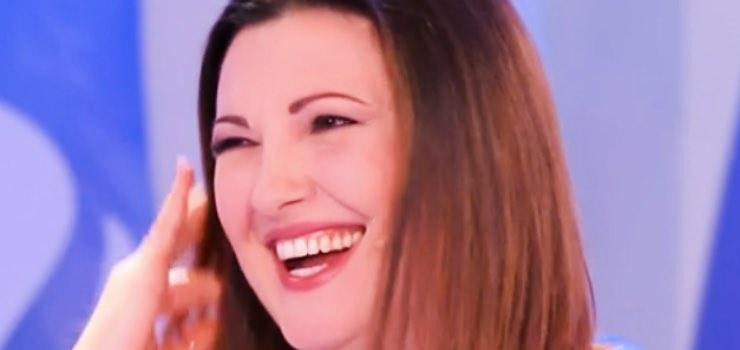 """Sorpresa Amadeus, Giovanna Civitillo svela il suo fan: """"Festa..."""""""
