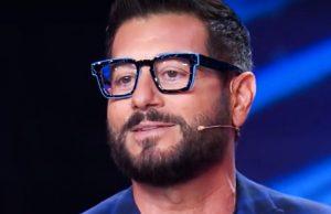 Enrico Papi e la somiglianza col noto attore: ve ne siete mai accorti?