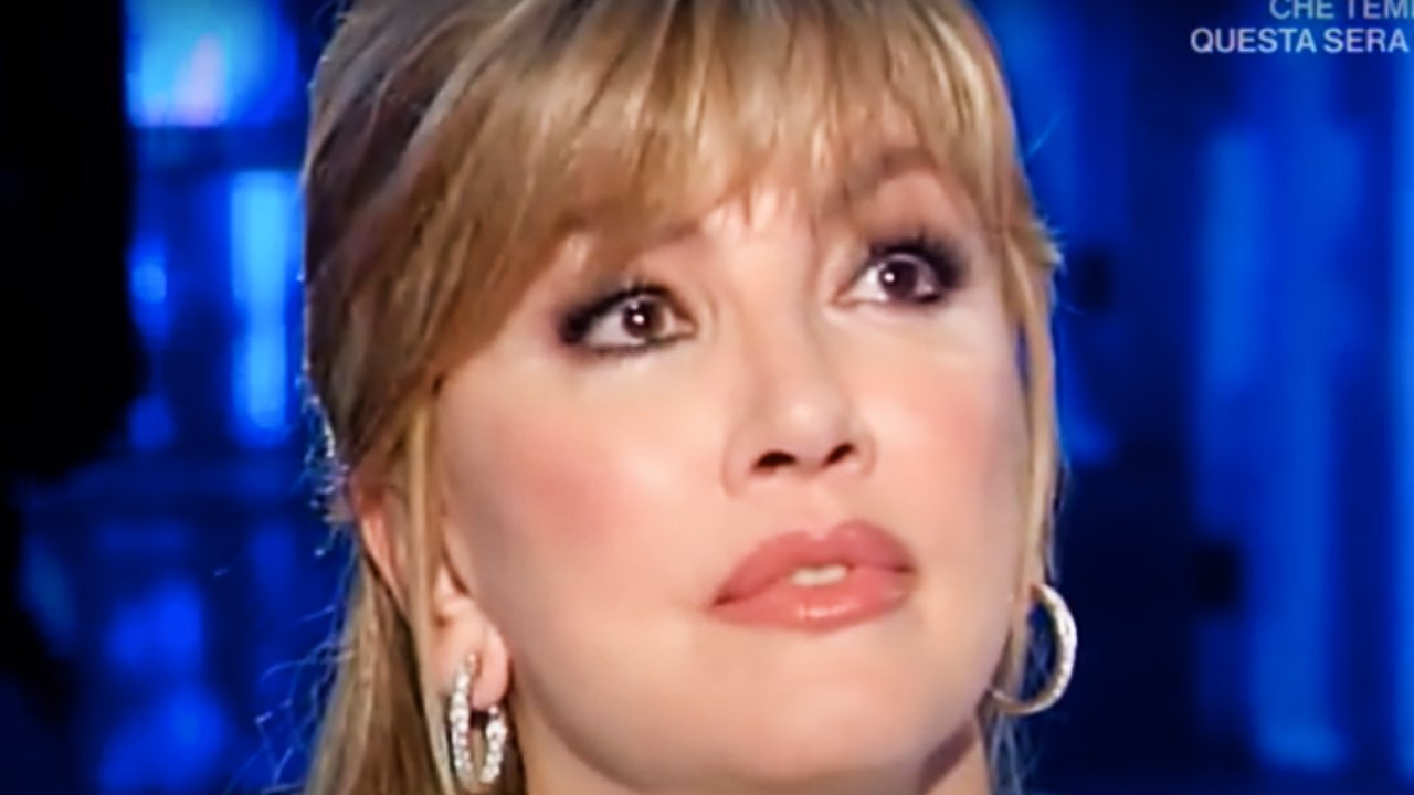 """Milly Carlucci confessa: """"grande esempio"""", commuove in diretta"""