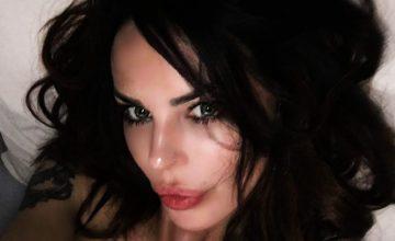 """Nina Moric """"C'eravamo tanto manipolati"""": messaggio enigmatico"""