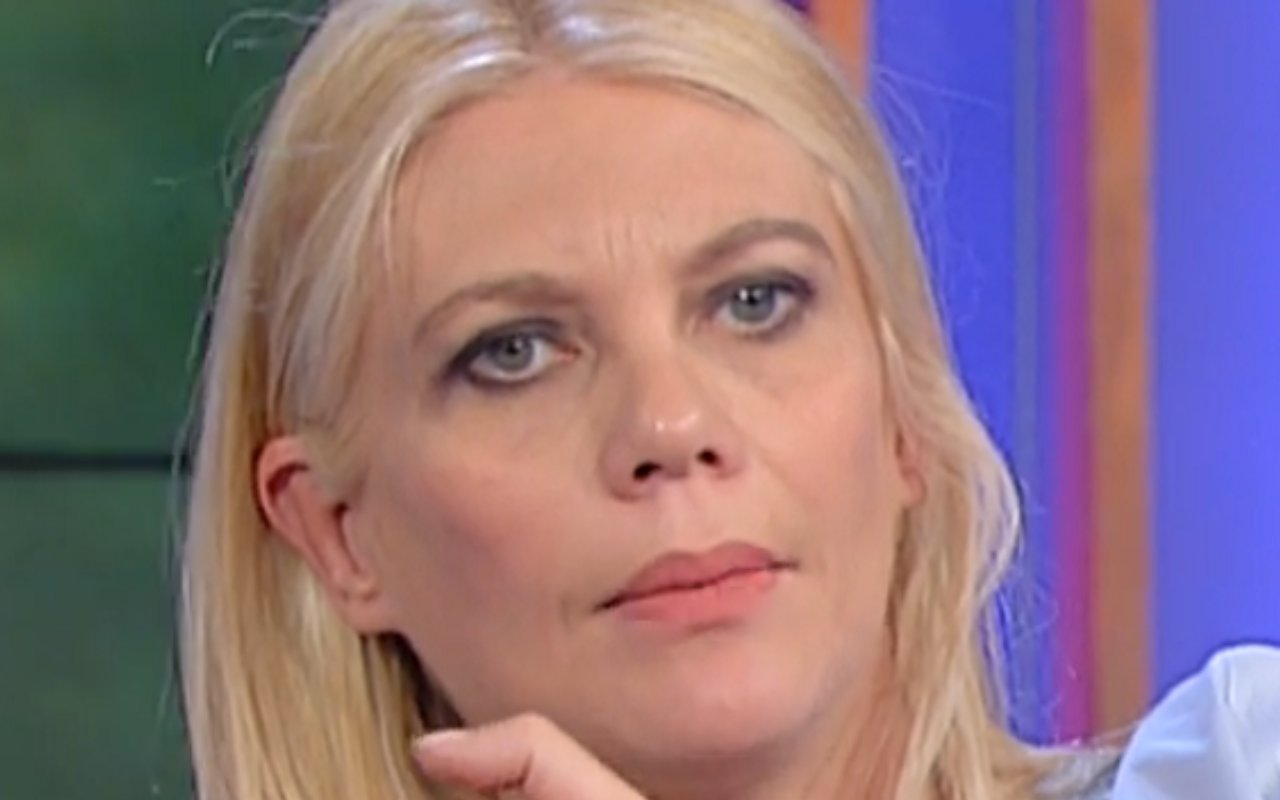 Eleonora Daniele commossa