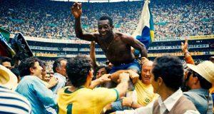 Un frame di Pelé su Netflix