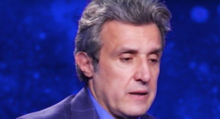 """Flavio Insinna, tutta la sua amarezza: """"Come faccio a dirti che..."""""""