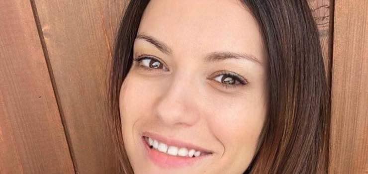 Laura Pausini, lo scatto spiazza: lo ha fatto di nuovo