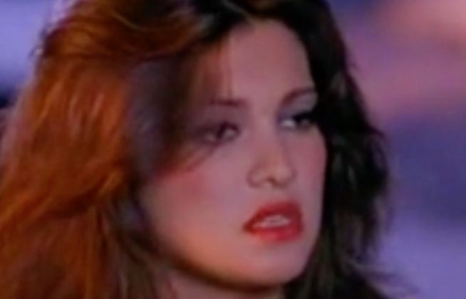 Manuela Arcuri com'era agli esordi, la ricordate? Bella oggi come ieri