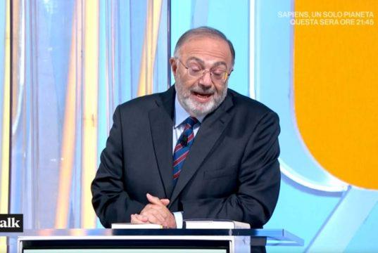 """Tv Talk, Massimo Bernardini non ha dubbi: """"Tramano per sostituirmi"""""""