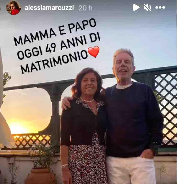 Alessia Marcuzzi, auguri speciali: avete mai visto i suoi genitori?