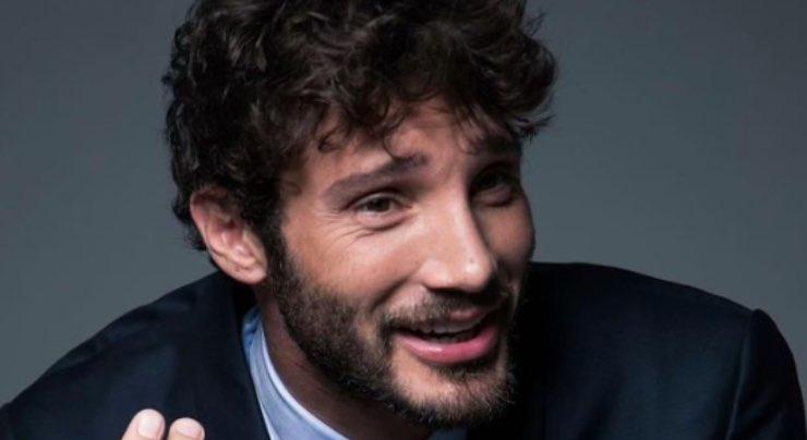 """Stefano De Martino, fidanzata? La risposta sorprende: """"Lo so che..."""""""