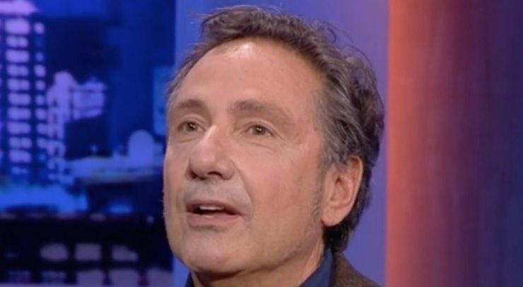 Mario Tozzi, mai visto nei panni di cantante? Siparietto imperdibile