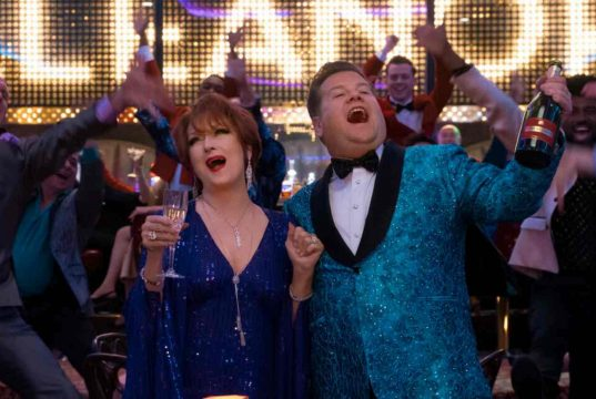 L'irriverente e colorato musical Netflix con un mucchio di premi Oscar
